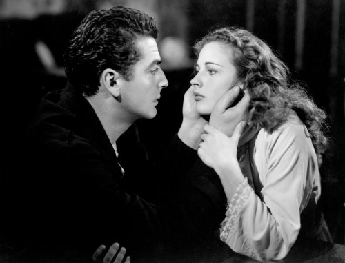 "Victor Mature and Coleen Gray in ""Kiss of Death,"" 1947. Photo courtesy of Photofest."