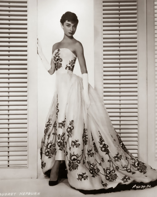 AUDREY HEPBURN AND GIVENCHY – Silver Screen Modes by ...