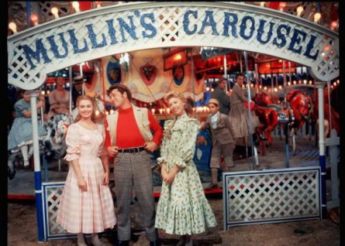 Carousel-3