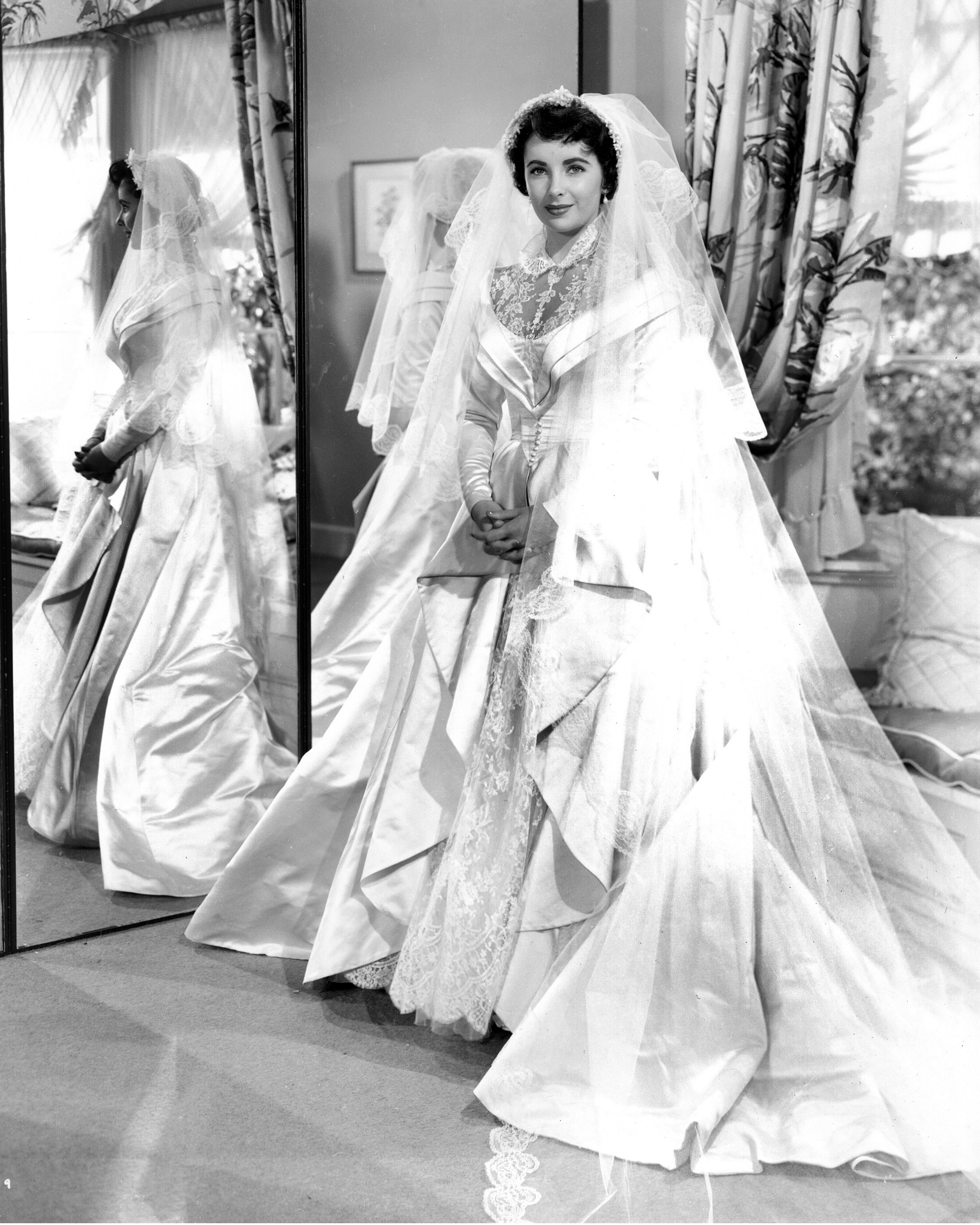 Elizabeth Taylor Designer Helen Rose Silver Screen Modes By
