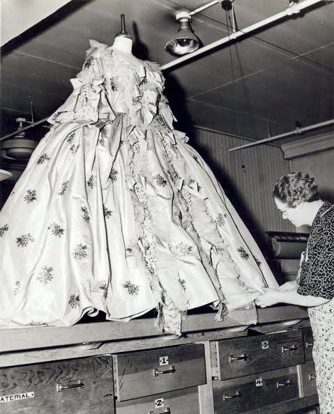 Inez Schroedt & Marie Antoinette gown