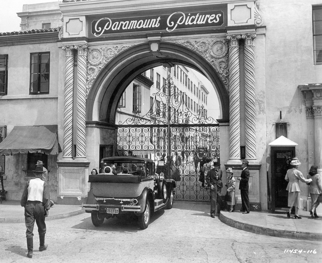Paramount Studio Sunset_Blvd_1950_25