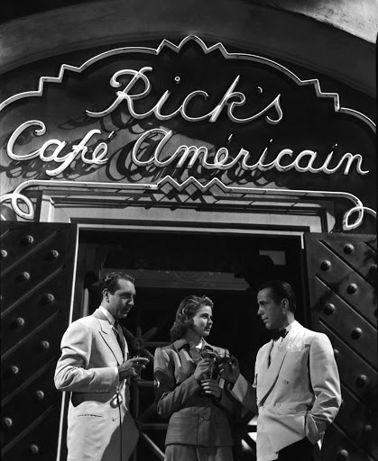 Casablanca Paul-Henreid-Ingrid-Bergman-Humphrey-Bogart-out-side-of-Ricks-Cafe
